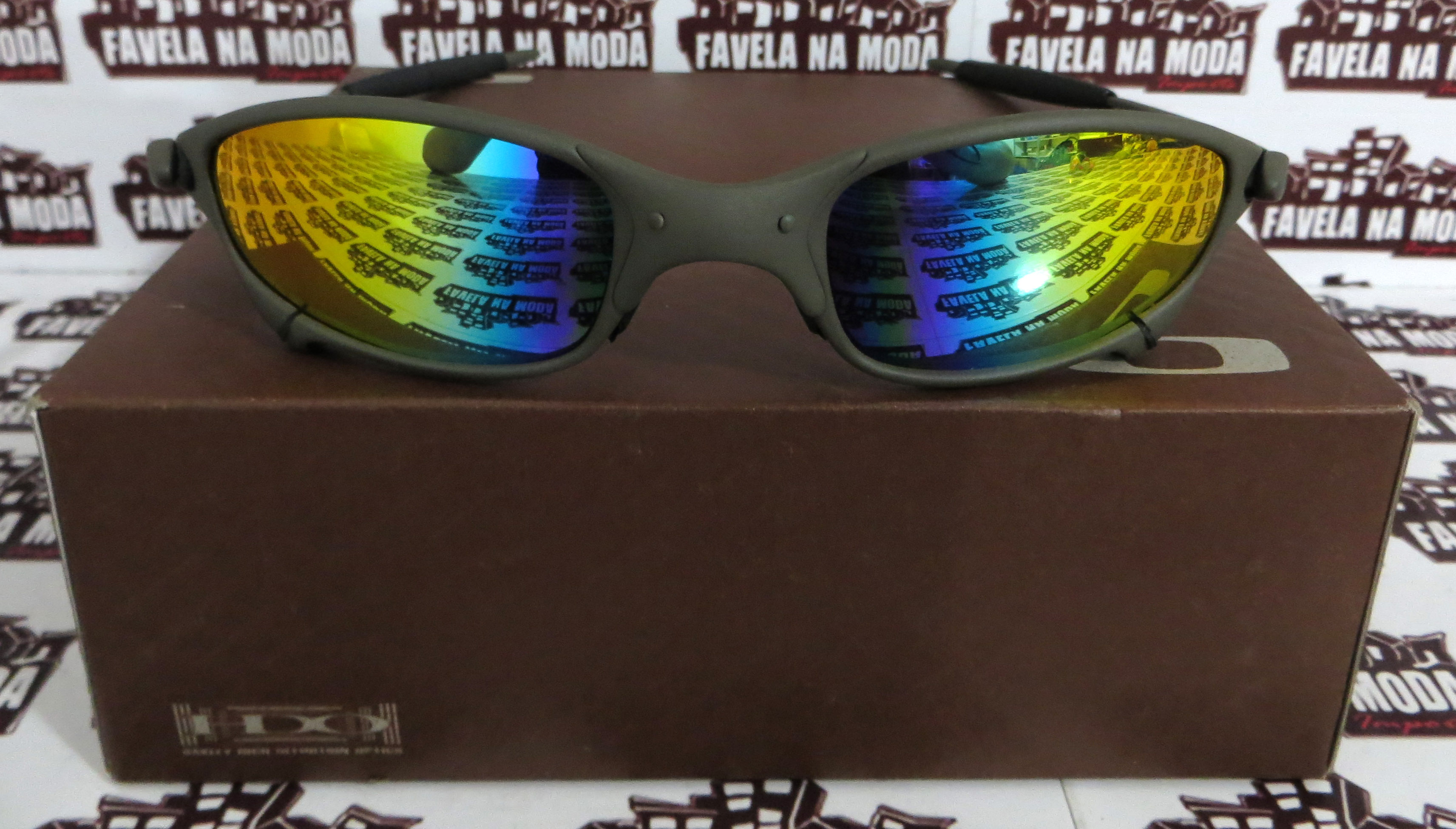 Óculos Oakley Juliet - X-Metal   Arco Íris   Borrachas Pretas ... 4b9216df8cf