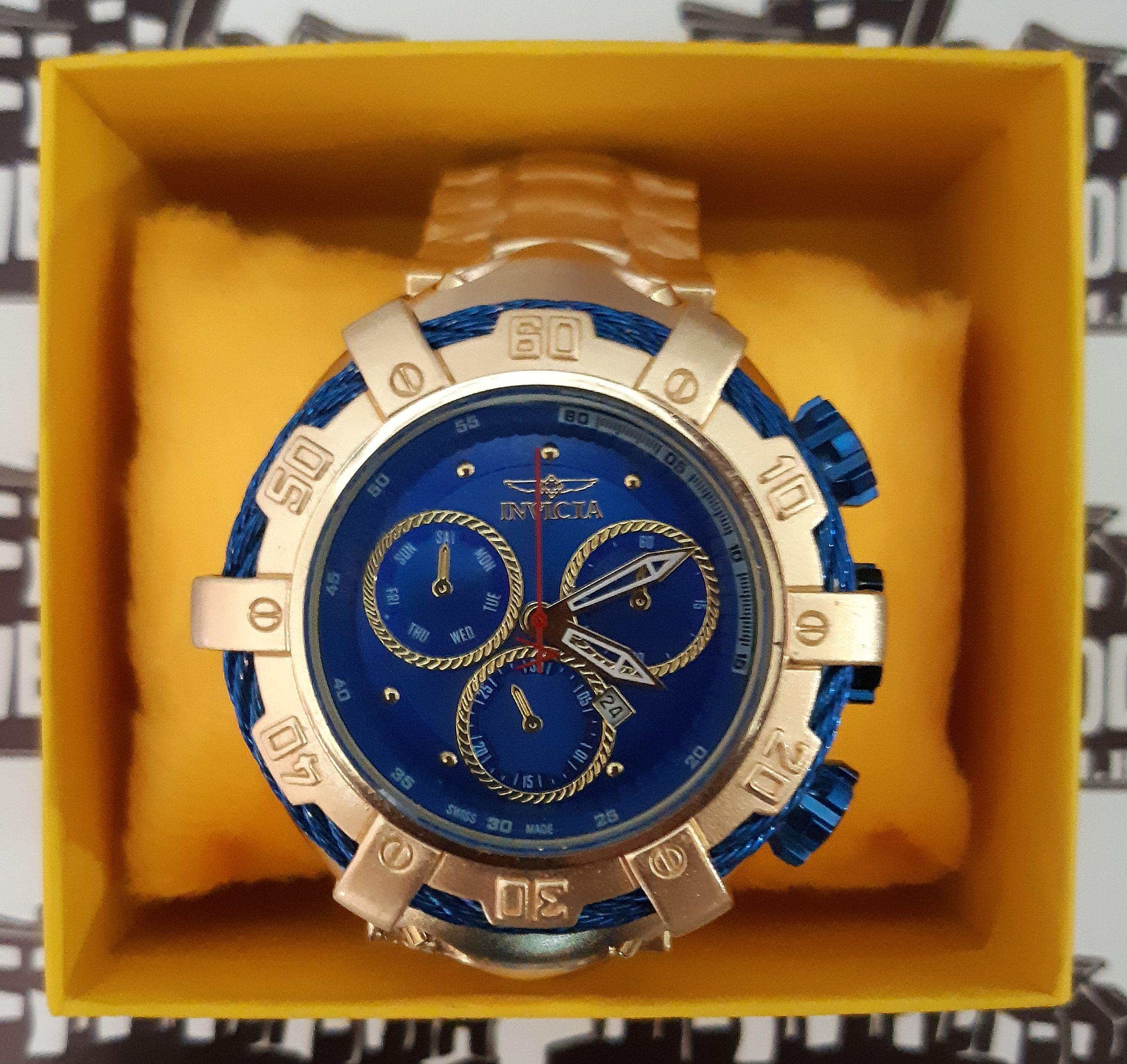 d241d7e0486 Relógio Invicta Bolt Zeus - Dourado   Preto   Azul