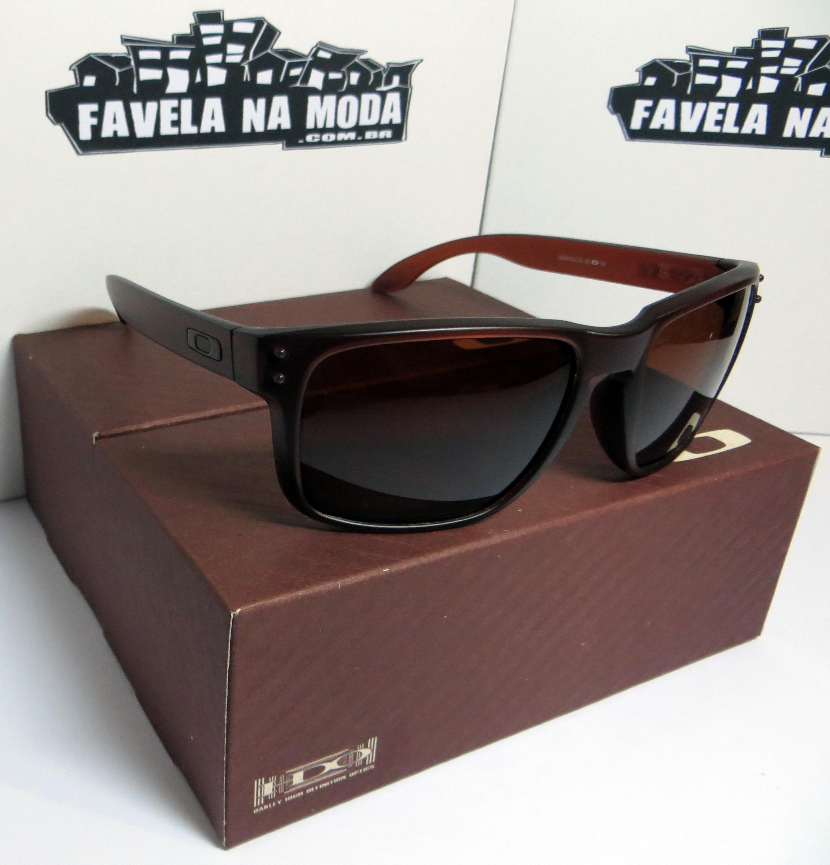 Óculos Oakley Holbrook (Matte Rootbeer) - Armação Marrom Transparente   Lente  Marrom   Ícone Marrom - Favela na Moda Imports e017da0415