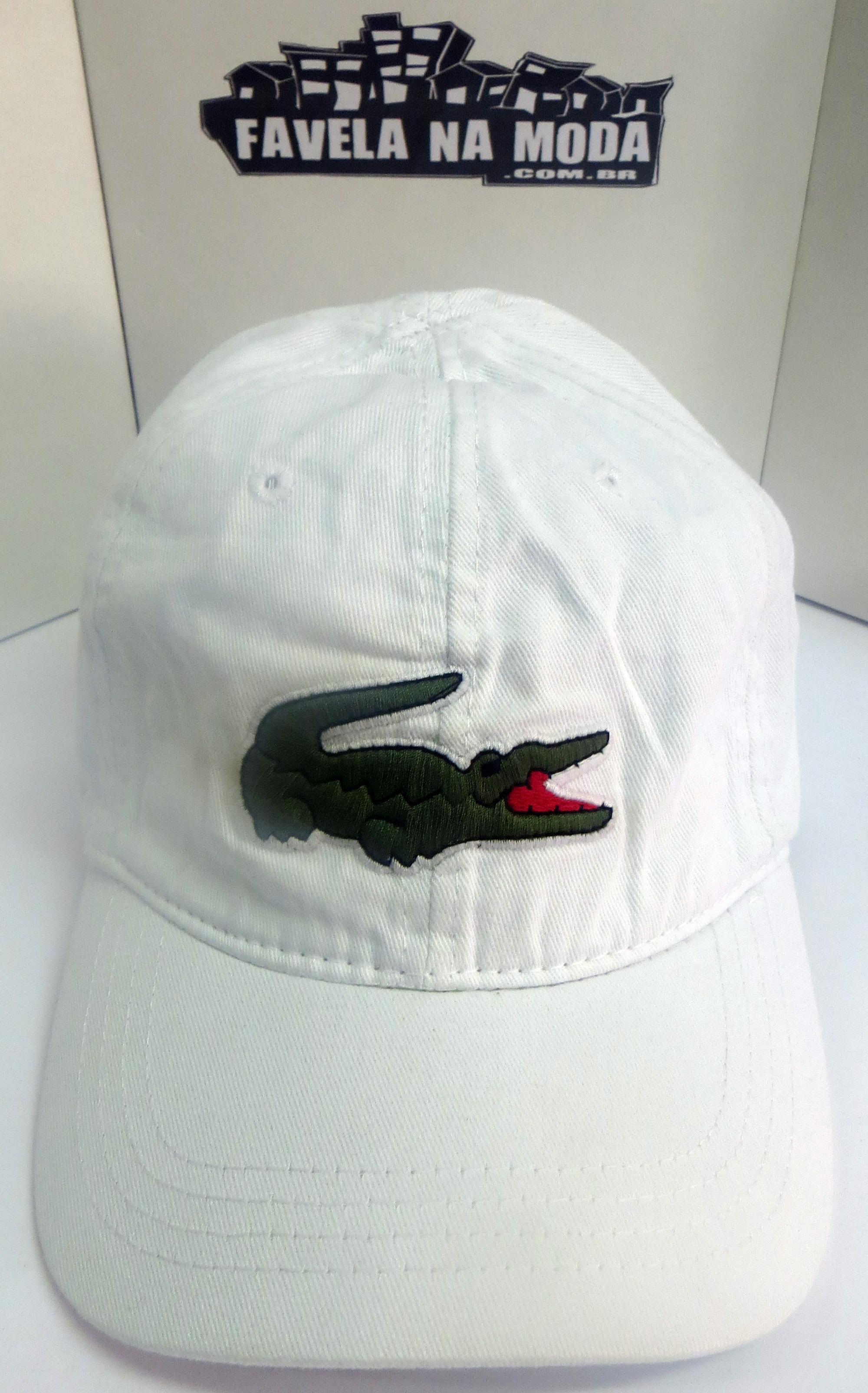 11dfc10a675 Boné Lacoste de Fivela de Couro - Branco - Big Croc. Apenas  R  139 ...
