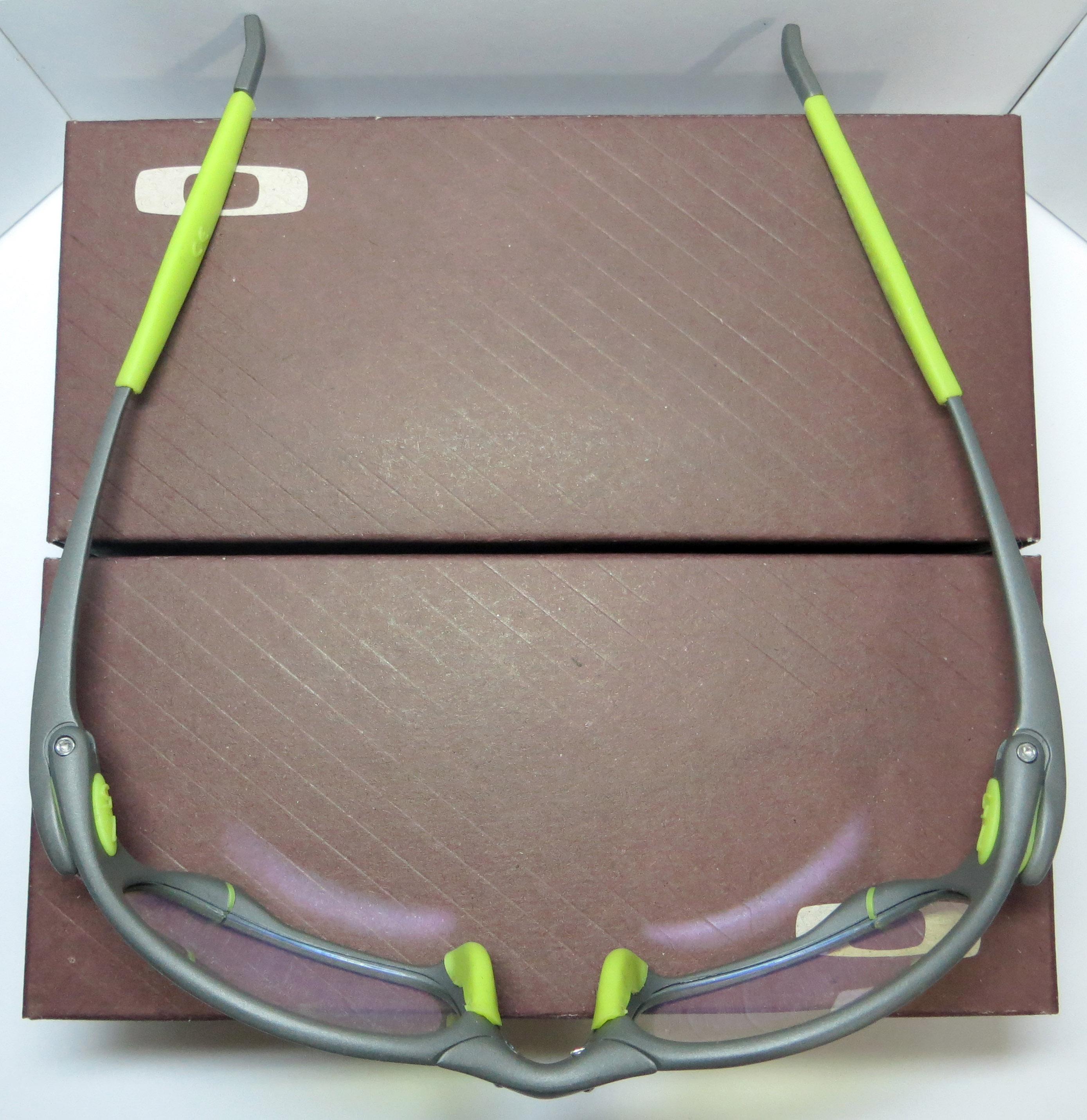 e8dfb687b821e Óculos Oakley Juliet - X-Metal   Clear Verde   Borrachinhas Verdes ...